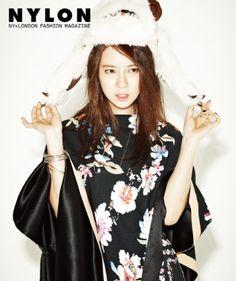 Song Ji Hyo goes casual for 'Nylon'