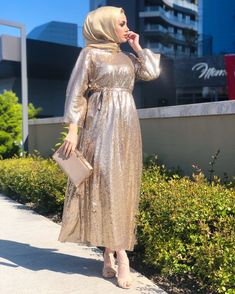 Hijab Prom Dress, Hijab Evening Dress, Hijab Style Dress, Muslim Dress, Hijab Outfit, Evening Dresses, Abaya Fashion, Muslim Fashion, Fashion Dresses