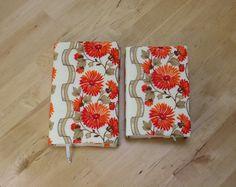 Buchhülle Bucheinband Buchumschlag Taschenbuch und Hardcover von Kaepseles auf…