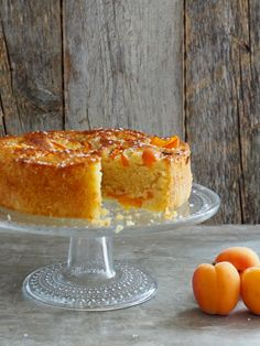 saftig aprikoskake Apricot Cake, Norwegian Food, White Bread, Recipes From Heaven, Tea Cakes, Let Them Eat Cake, Baked Goods, Goodies, Food And Drink