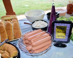 Roast your own hot dogthe kids loved this! Fall Bonfire Party, Bonfire Birthday Party, 13th Birthday Parties, Sweet 16 Bonfire, 16th Birthday, Backyard Bonfire Party, Bonfire Ideas, Beach Bonfire, Birthday Fun