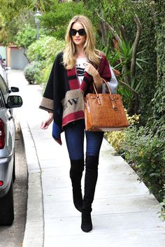Rosie Huntington-Whiteley and other celebrities shows off the perfect denim look.
