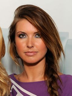 39c3d8bf3af Daytime blue eyeliner on Audrina Patridge! I ve been wearing blue all week  and this makes it OK.