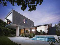 Maison contemporaine dans les Hamptons  - Visit the website to see all pictures http://www.amenagementdesign.com/architecture/maison-contemporaine-dans-les-hamptons