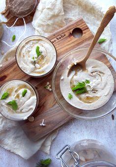 [DIY] Raw Oatghurt w Spruce Tip Honey on www.Earthsprout.com