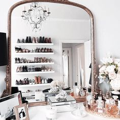 Wishing this was our closet setup ✨ | : @margoandme