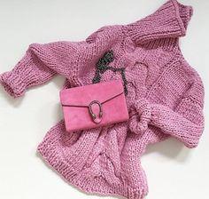 Il rosa in tutte le sue declinazioni è decisamente tra i colori moda proposti…