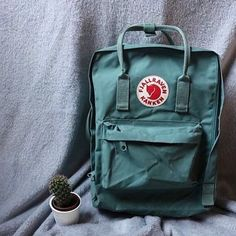 ISO Fjallraven Kanken Backpack in Frost Green Kanken Backpack Mini, Mochila Kanken, Backpack Outfit, Fashion Backpack, Fox Bag, Green Backpacks, Vsco, Small Bags, Purses And Bags