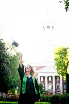 A great shot for a Baylor graduation photo! (via @LandenShea on Twitter; photo taken by Hannah Park)