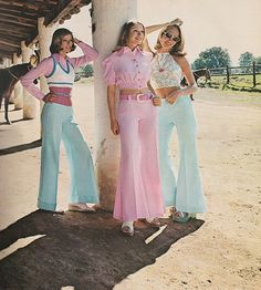Seventeen MAG : May 1973. 'Airy. Baring. Fluid-moving fascinations making the scene at a Mexico City ranch.' ~ Bobbie Brooks