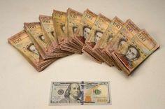 """El dólar en el mercado negro en Venezuela llegó este lunes a 3.480,22 bolívares, con lo cual la moneda local se devaluó en un sólo mes por encima del 54,96% en la cotización paralela desde inicios de noviembre.</p> <p>El sitio dolartoday.com, referente del llamado """"dólar negro"""", fijó el nuevo pico histórico de la divisa, que a principios de mes estaba en 1.567,35 bolívar..."""