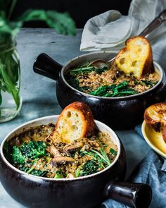 French Green Lentils, Black Lentils, Creamy Mushrooms, Stuffed Mushrooms, Stuffed Peppers, Lentil Recipes, Vegetarian Recipes, Beluga Lentils Recipe, Mushroom Stew