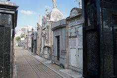 https://flic.kr/p/cxkxzA | Buenos Aires - La Recoleta-0783 | es.wikipedia.org/wiki/Cementerio_de_la_Recoleta en.wikipedia.org/wiki/La_Recoleta_Cemetery fr.wikipedia.org/wiki/Cimetière_de_Recoleta
