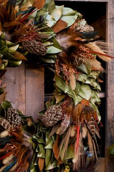 Autumn wreath with magnolia leaves - wistfully country