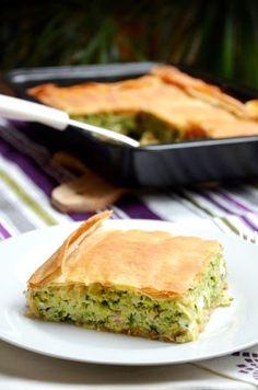 Spanakopita, Quiche, Feta, Hamburger, Healthy Recipes, Healthy Food, Food And Drink, Breakfast, Ethnic Recipes