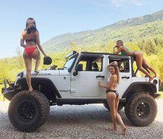 #jeepgirlsdoitbetter #jeepbabes #dirtyjeep ▪️▪️▪️▪️ ▪️Send us your best Jeep bikini pics ▪️Visit the Dirty Jeep Store @dirty.jeep ▪️▪️▪️▪️▪️ ▪️Follow @dirty.jeep @dirty.jeep @dirty.jeep ▪️▪️