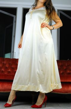 VTG JCPenney Soft Yellow Satin Nylon Fancy Lacy Long Sweeping Nightgown Slip S #JCPenney