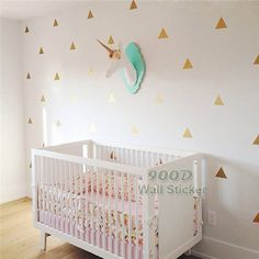 http://fr.aliexpress.com/item/Gold-Triangle-Wall-Sticker-Removable-home-decoration-art-Wall-Decals-Free-Shipping-7cm-height-triangle/32518427226.html?spm=2114.44010308.4.56.1tV3X3