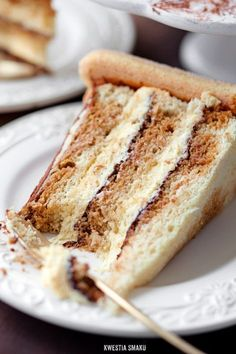 Tiramisu Cake - has to be translated, but if I had the time, I would totally invest in this. Sweet Desserts, Just Desserts, Sweet Recipes, Delicious Desserts, Cake Recipes, Dessert Recipes, Yummy Food, Pie Cake, No Bake Cake