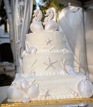 beach wedding cake #celebstylewed #matrimony #nuptials