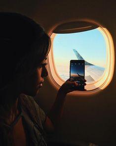 Adventure is waiting Plane Photos, Airport Photos, Travel Pictures, Travel Photos, Foto Mirror, Photography Poses, Travel Photography, Airplane Photography, Shooting Photo
