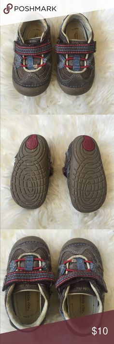 Stride Rite Sneakers Some minor wear but soles in perfect condition. Well-made shoes. Stride Rite Shoes Sneakers