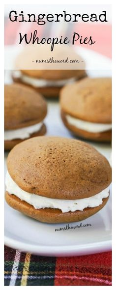 Soft Gingerbread Whoopie Pies with a Cinnamon Cream Cheese Frosting are easy, delicious and stay soft for days! These are a gingerbread lover's cooki Mini Desserts, Just Desserts, Delicious Desserts, Holiday Desserts, Plated Desserts, Cupcakes, Cupcake Cakes, Oreo Dessert, Whoopie Pies