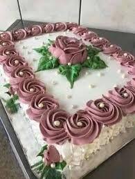 Image result for bolo decorado com chantilly