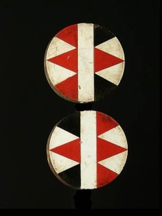 These wide and circular ornaments, called Expired Iziqhaza, are Placed in a hole in the ear lobe hole. Their use dates back to the twelfth cen ...