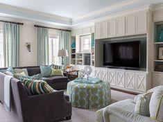 Heather Scott Home & Design (House of Turquoise) Home Design Living Room, Coastal Living Rooms, Family Room Design, Living Room Interior, Home And Living, Modern Living, Family Rooms, Small Living, Beautiful Interior Design