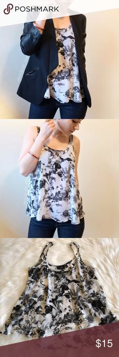 """Floral printed tank top Floral printed with adjustable straps. Loose and open space when wearing. Model is 5'2"""" 115lbs wearing this size small top. 100% polyester ❌trade ❌hold ✅bundle and save 10% Apt. 9 Tops Tank Tops"""
