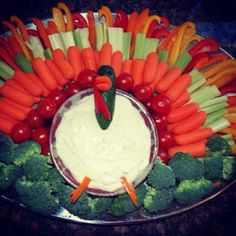 In case you're looking for Thanksgiving appetizer inspir. on Twitpic In case you're looking for Thanksgiving appetizer inspir. on Twitpic Thanksgiving Truthan, Thanksgiving Vegetables, Thanksgiving Appetizers, Thanksgiving Decorations, Turkey Veggie Tray, Veggie Platters, Turkey Platter, Vegetable Trays, Crudite Platter
