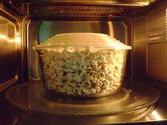 Pipoca de microondas com milho natural. Light ou amantegadas.