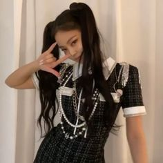 Short Sleeve Dresses, Dresses With Sleeves, Blackpink Jennie, Punk, Style, Kpop, Fashion, Icons, Gowns With Sleeves