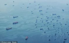 INACREDITÁVEL - Frota com Centenas de Navios sem Tripulação APARECERAM DO NADA...