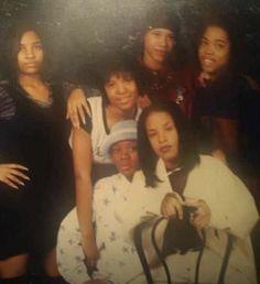 Rip Aaliyah, Aaliyah Style, Aaliyah Singer, Black Girl Braided Hairstyles, Aaliyah Haughton, Hip Hop And R&b, My Black Is Beautiful, She Song, One In A Million