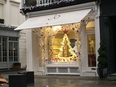 The very lovely and fragrant Jo Loves.  Jo Malone's new store.