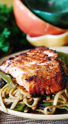 Salmon Recipes, Fish Recipes, Seafood Recipes, Asian Recipes, New Recipes, Dinner Recipes, Cooking Recipes, Healthy Recipes, Sauce Recipes