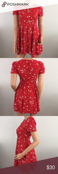 """Urban Outfitters Kimchi Blue Red Floral Dress 6 Excellent condition! Measures 16.5"""" armpit to armpit and 31"""" from center of back neckline to bottom hem. Material is 100% rayon. Zips down the side. Kimchi Blue Dresses"""