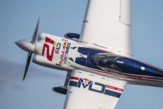 Red Bull Air Race(@Redbullairrace)さん | Twitter