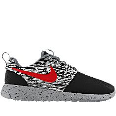 NIKEiD is custom making this Nike Roshe Run iD Men's Shoe for me. Can't wait to wear them! #MYNIKEiDS