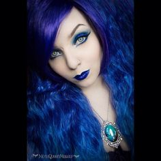 I have been unwell for the past week so haven't posted (sorry!) but the past couple of days i have been busy busy busy! Here's one of the looks i've been working on! Wig is blueberry fizz by the amazing @lush_wigs Lips - the Divine colour is called blue fusion and is by @realbcosmetics (more coming on that so keep your eyes peeled!) Necklace is a beautiful real butterfly wing by @chrysalisstudios and on the eyes i used the give them nightmares palette by @makeuprevolution and Aquarius zodiac…