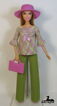 crochet fashion doll dress and coatBarbie Doll Crochet Clothes (Barbies Fashion) to BRL 25 in PriceLandia BrazilExquisitely crocheted outfit for Barbie.www lojaabril com br manequim moldes onlineMe as a Barbie . Barbie Clothes Patterns, Crochet Barbie Clothes, Girl Doll Clothes, Clothing Patterns, Diy Clothes, Crochet Barbie Patterns, Crochet Doll Dress, Knitted Dolls, Accessoires Barbie