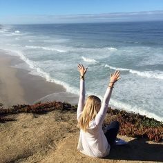 Wish they all could be Calllllifornia Adventuring down the coast this afternoon in true party girl fashion #california #adventure #beachy #theweekend #fallball #inspiration #partygirls #TeamPackedParty #PackedParty