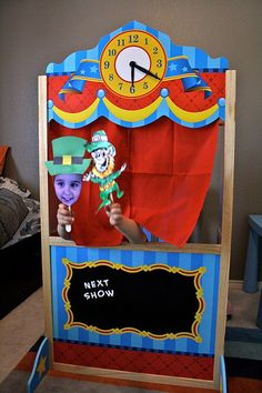 Puppet show...just in time for St Patrick's Day.
