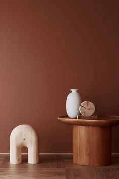 The Scandinavian company Jotun Lady predicts the interior colour trends of 2020 with 12 new colours Terracotta, Jotun Lady, Interior Paint, Interior Design, Design Design, Chair Design, Objet Deco Design, Paint Companies, Piece A Vivre