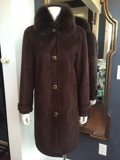Dana Buchman Brown Fur Collar Long Coat Size Medium Our Price $129 One Savvy Design Consignment Boutique 74 Church Street Montclair, NJ 973-744-0053 onesavvydesignconsignment.com