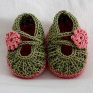 crocheted baby Mary - http://crochetimage.com/crocheted-baby-mary/