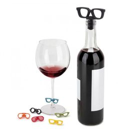 NEW UMBRA GLASSES WINE GLASS BOTTLE CHARMS & TOPPER 7 PIECE ACCESSORY GIFT SET