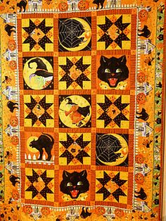 2011 Halloween quilt ~same quilt pattern, unfolded, prefer the colors in the folded one   ~m